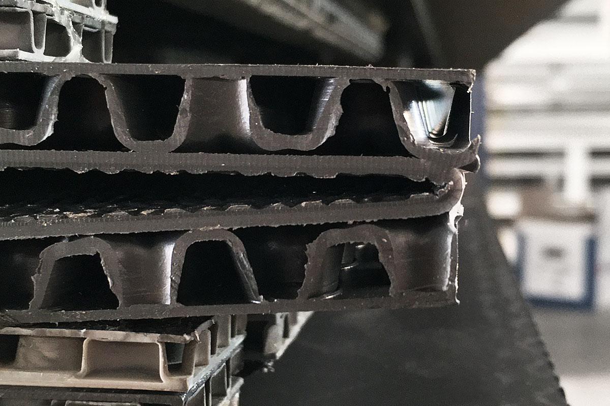 Verkleben von con-pearl Hohlkammerplatten